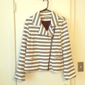 Beautiful lined modern Moro jacket.
